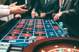Suomalaiset ja kansainvälinen rahapeliteollisuus