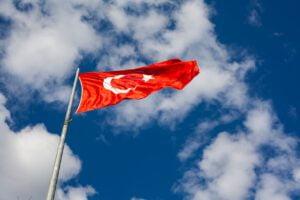 Turkki tekemässä nettipelaamisesta laitonta