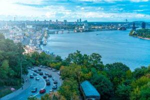 Ukraina antaakin luvan rahapeleille